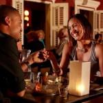 Dineren en genieten van de overheerlijke Caribisch-Internationale cuisine